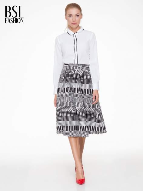 Czarno-biała spódnica midi w geometryczny wzór II