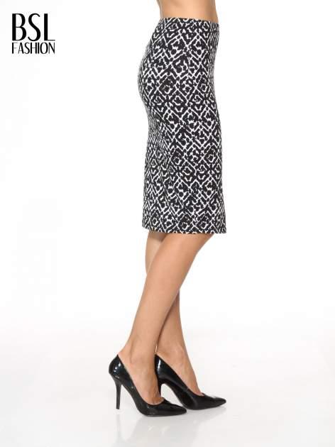 Czarno-biała wzorzysta spódnica ołówkowa                                  zdj.                                  3