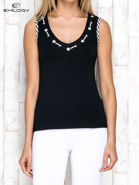 Czarno-biały top sportowy z lamówką w stylu marynarskim