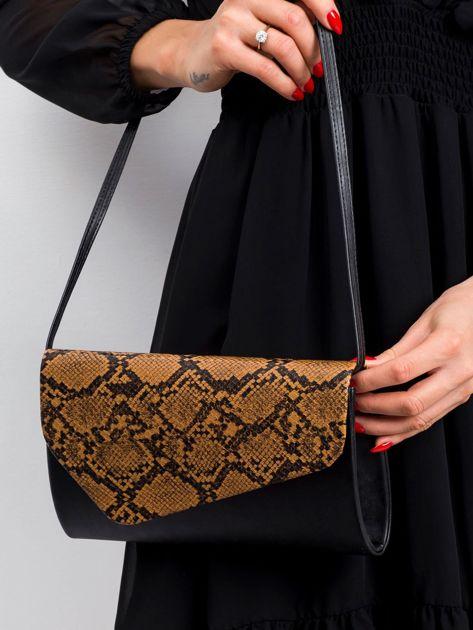 Czarno-brązowa kopertówka z wężowym wzorem