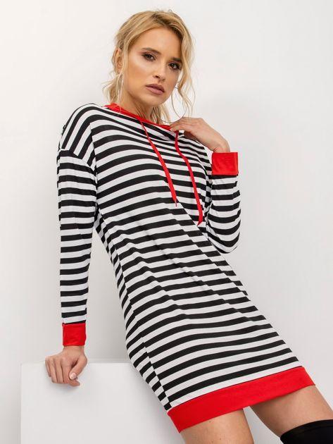 Czarno-czerwona sukienka Priceless