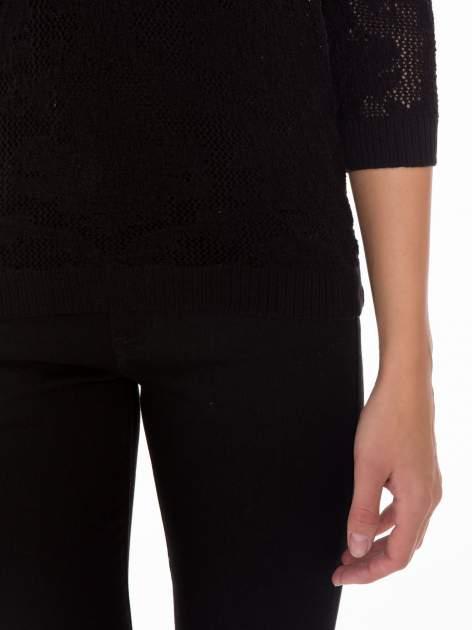 Czarny ażurowy sweter z rękawami 3/4                                  zdj.                                  6