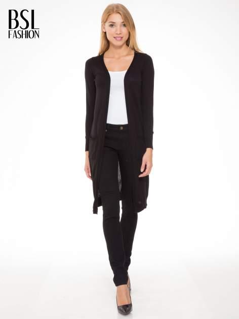 Czarny długi gładki sweter kardigan z kieszeniami                                  zdj.                                  4
