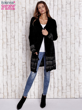 Czarny długi włochaty sweter z kolorową nitką                                  zdj.                                  2