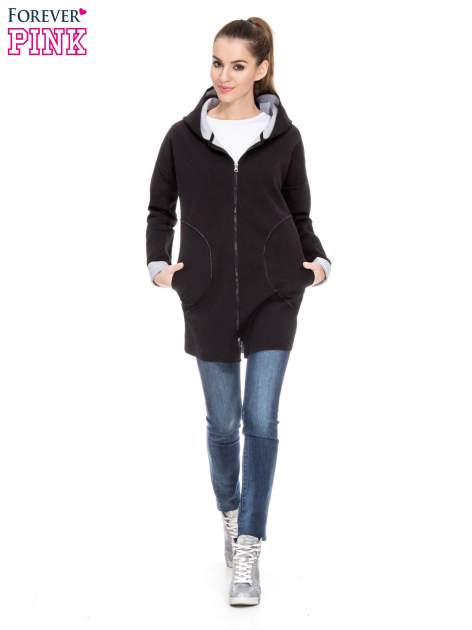 Czarny dresowy płaszcz oversize z kapturem                                  zdj.                                  2
