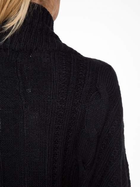 Czarny dziergany sweter typu otwarty kardigan                                  zdj.                                  7
