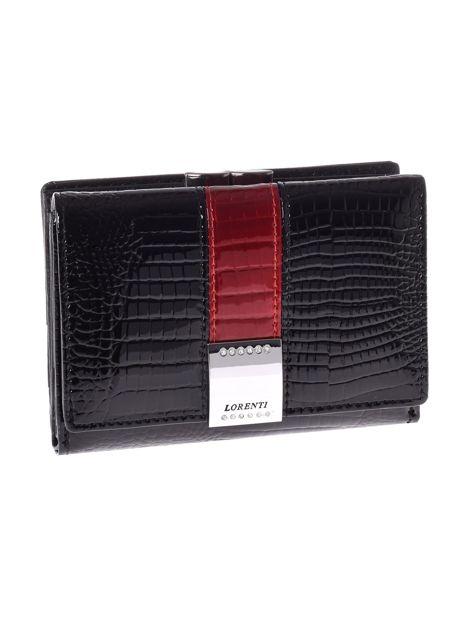 Czarny lakierowany portfel elegancki crocodile skin