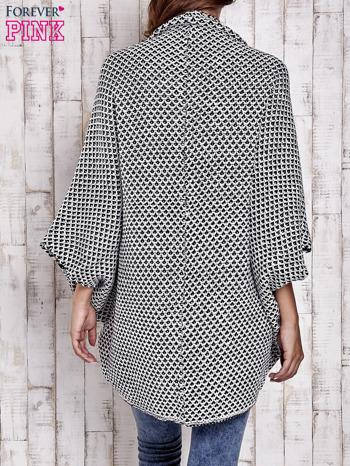 Czarny melanżowy sweter z biżuteryjną aplikacją                                  zdj.                                  4