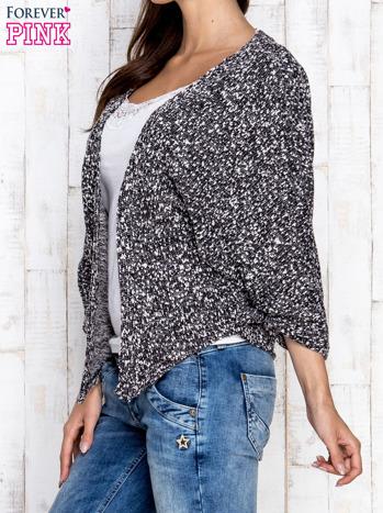 Czarny melanżowy sweter z rękawem typu nietoperz                                  zdj.                                  3