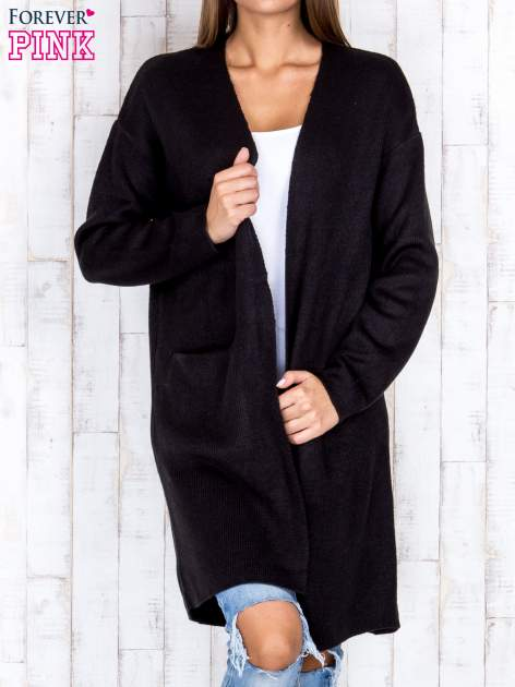 Czarny otwarty sweter z kieszeniami z przodu                                  zdj.                                  1