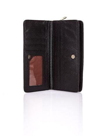 Czarny pleciony portfel w białe geometryczne wzory                                  zdj.                                  3