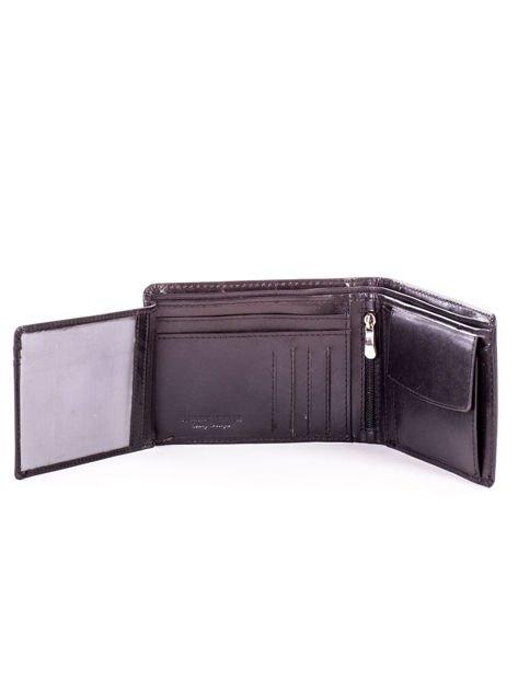 Czarny portfel dla mężczyzny z tłocznym napisem                              zdj.                              5