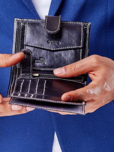 Czarny portfel męski na zatrzask z emblematem                              zdj.                              5