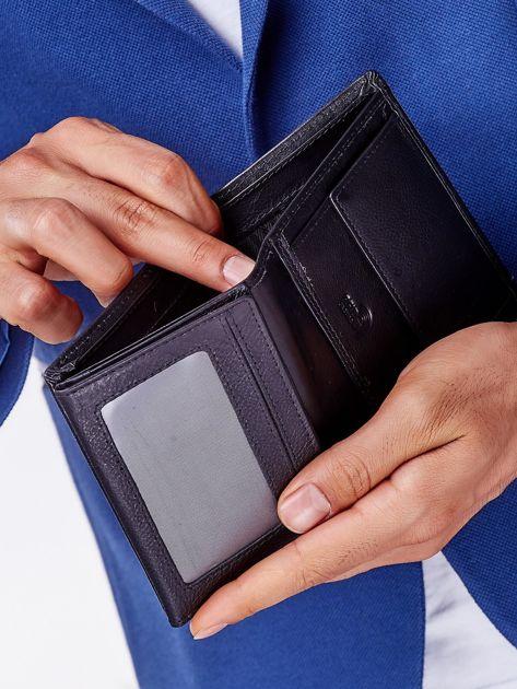 Czarny portfel męski z przeszyciem                              zdj.                              6