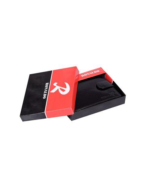 Czarny portfel skórzany męski z czerwonym wykończeniem                              zdj.                              8