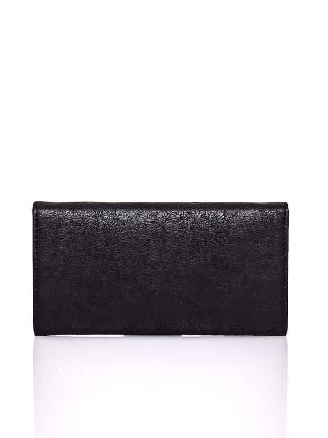 Czarny portfel z ozdobną aplikacją                                  zdj.                                  2