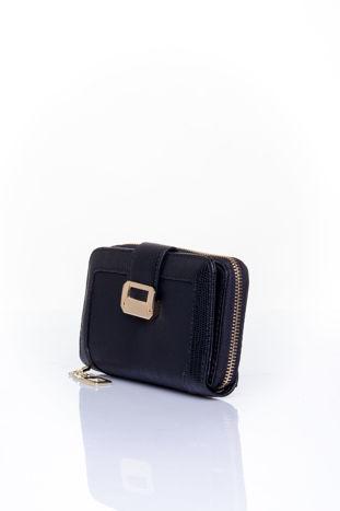 Czarny portfel z ozdobną złotą klamrą                                  zdj.                                  3