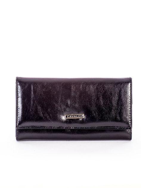 Czarny portfel ze skóry na zatrzask