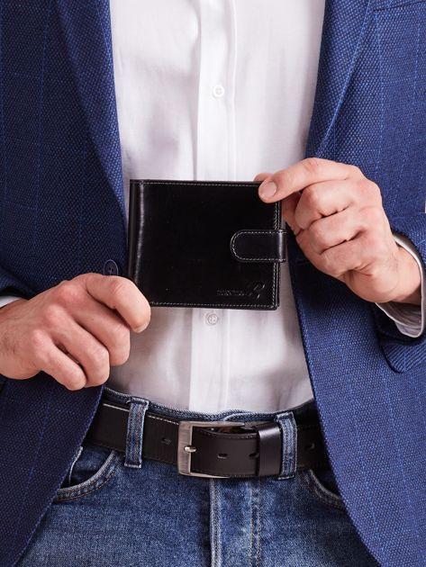 Czarny skórzany portfel dla mężczyzny zapinany