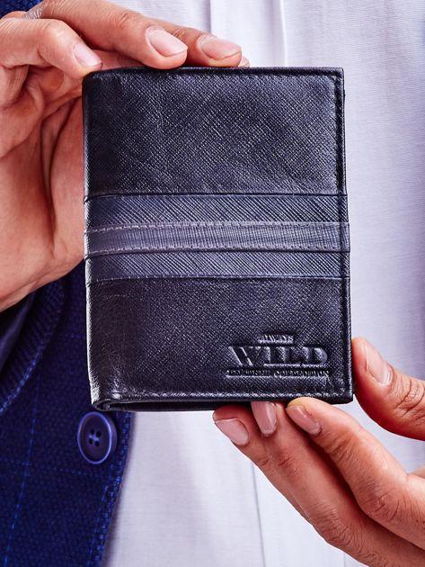 Czarny skórzany portfel męski z wytłoczeniem