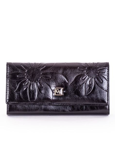 Czarny skórzany portfel z tłoczonymi kwiatami