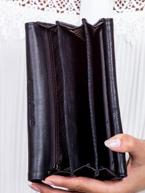 Czarny skórzany portfel ze wstawką w paski                              zdj.                              5