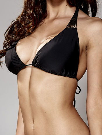 Czarny stanik od bikini z koronką wiązany na szyi                                  zdj.                                  5