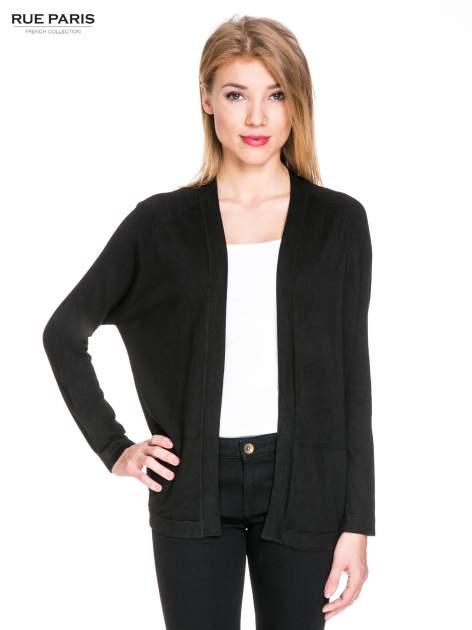 Czarny sweter kardigan z bocznymi kieszeniami                                  zdj.                                  1