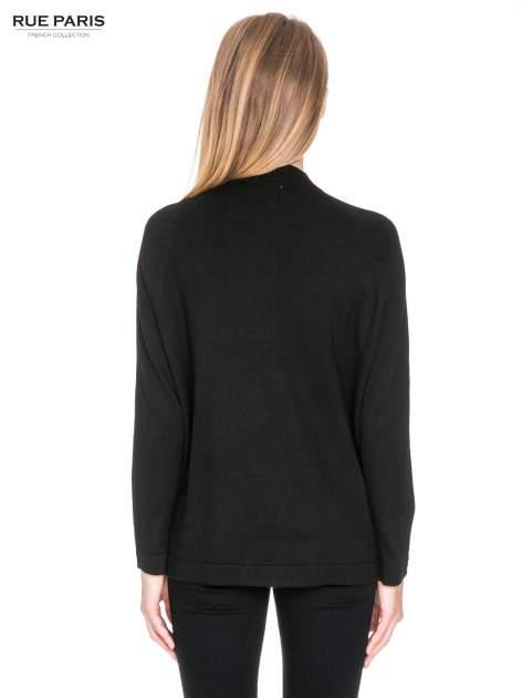 Czarny sweter kardigan z bocznymi kieszeniami                                  zdj.                                  4