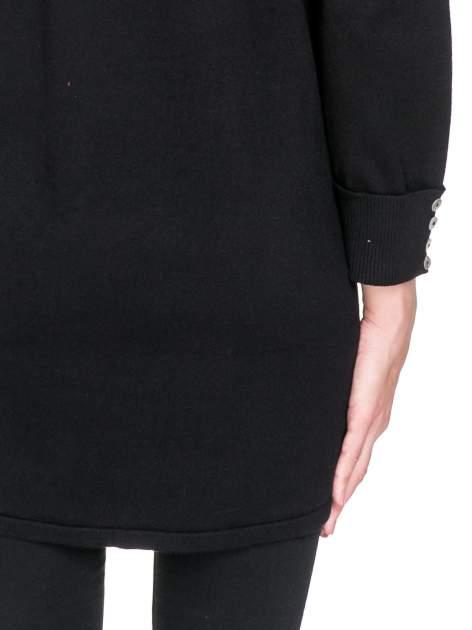 Czarny sweter kardigan z podwijanym rękawami z guziczkami                                  zdj.                                  8
