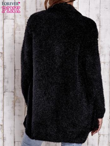 Czarny sweter oversize z kieszeniami                                  zdj.                                  4