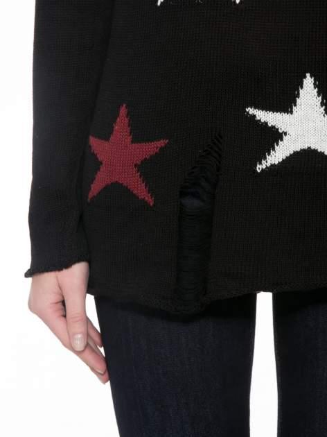 Czarny sweter w gwiazdy z efektem destroyed                                  zdj.                                  6