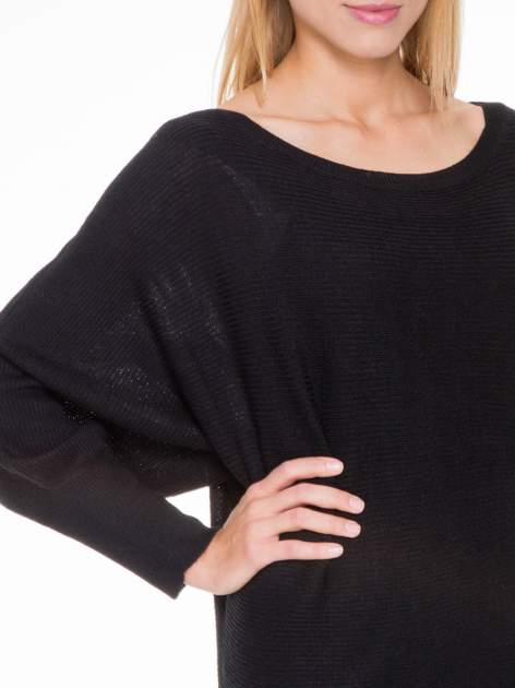 Czarny sweter z nietoperzowymi rękawami                                  zdj.                                  5