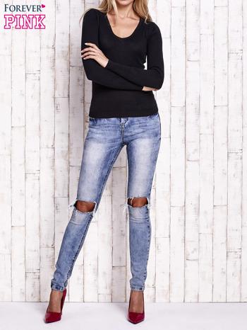 Czarny sweter z trójkątnym dekoltem                                  zdj.                                  2
