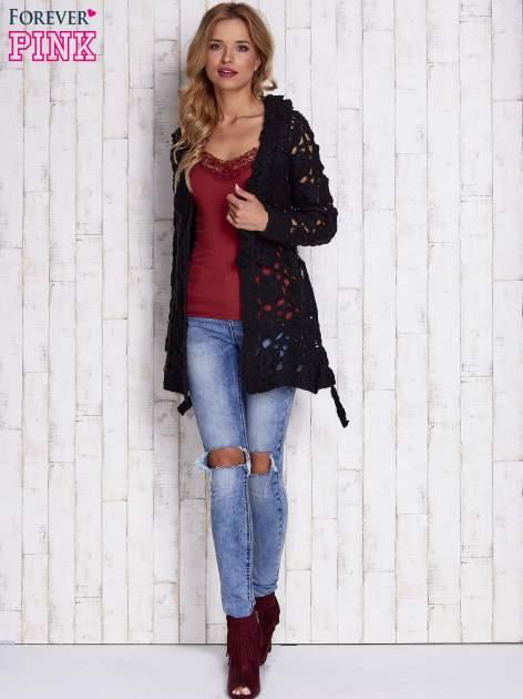 Czarny sweter  z wiązaniem w pasie                                  zdj.                                  2