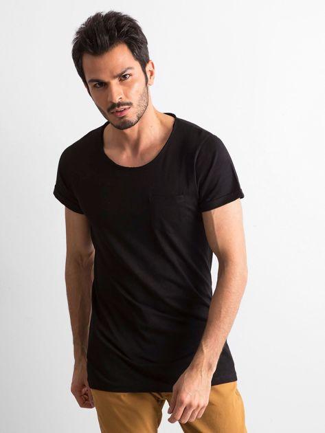 Czarny t-shirt męski z kieszonką                              zdj.                              1