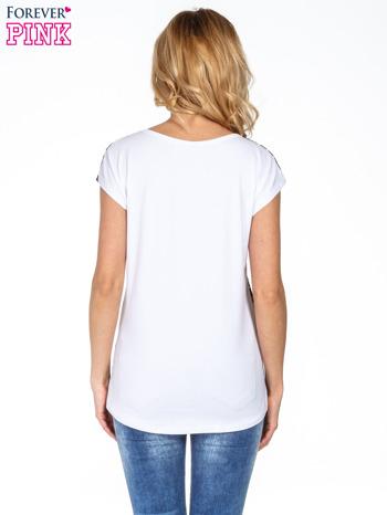 Czarny t-shirt w kropeczki                                  zdj.                                  4