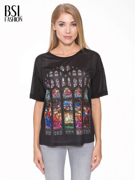Czarny t-shirt z motywem religijnym