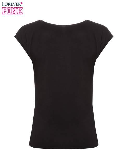 Czarny t-shirt z nadrukiem PANI KIEROWNICZKA                                  zdj.                                  5