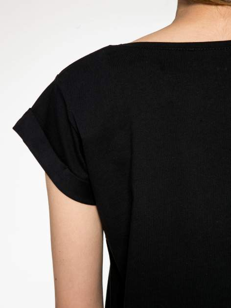 Czarny t-shirt z nadrukiem Stich                                  zdj.                                  9