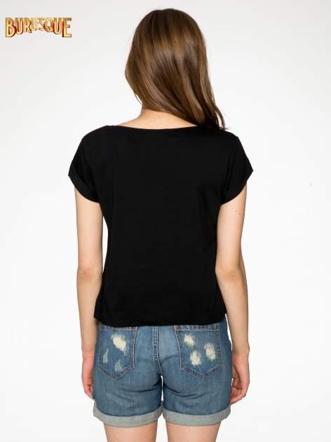 Czarny t-shirt z nadrukiem Stich                                  zdj.                                  4