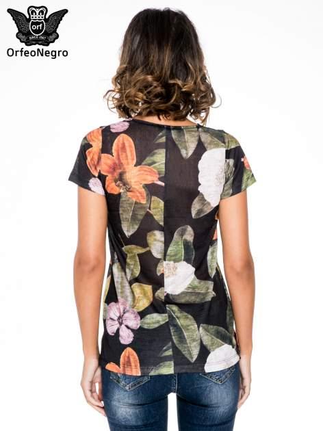 Czarny t-shirt z nadrukiem all over floral print                                  zdj.                                  4