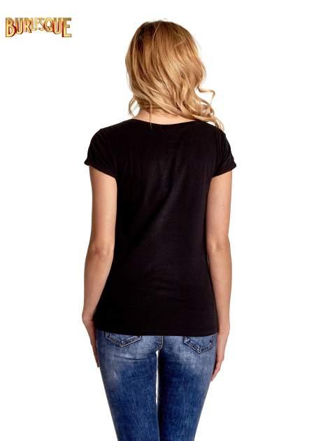 Czarny t-shirt z nadrukiem kota i napisem CATS RULE                                  zdj.                                  4