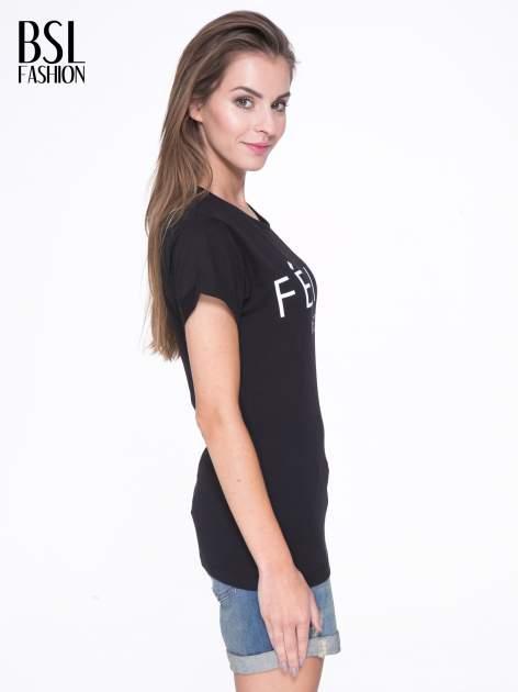 Czarny t-shirt z napisem FÉLINE MEOW                                  zdj.                                  3