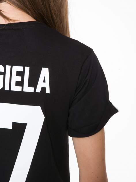Czarny t-shirt z napisem MARGIELA 47 na plecach                                  zdj.                                  11