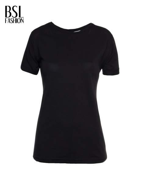 Czarny t-shirt z napisem MARGIELA 47 na plecach                                  zdj.                                  2