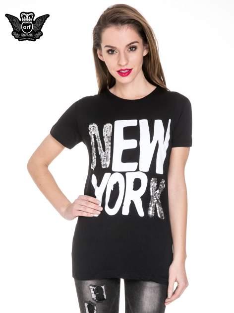 Czarny t-shirt z napisem NEW YORK z cekinami                                  zdj.                                  1