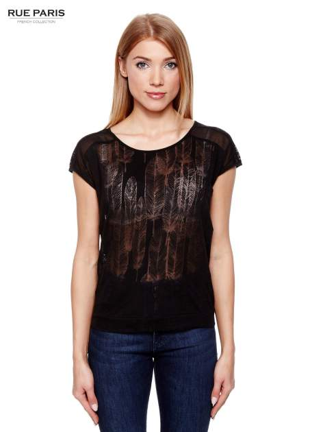 Czarny t-shirt z transparentnym nadrukiem piór                                  zdj.                                  1