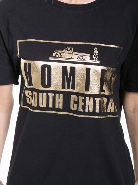 Czarny t-shirt ze złotym nadrukiem HOMIES SOUTH CENTRAL                                  zdj.                                  7