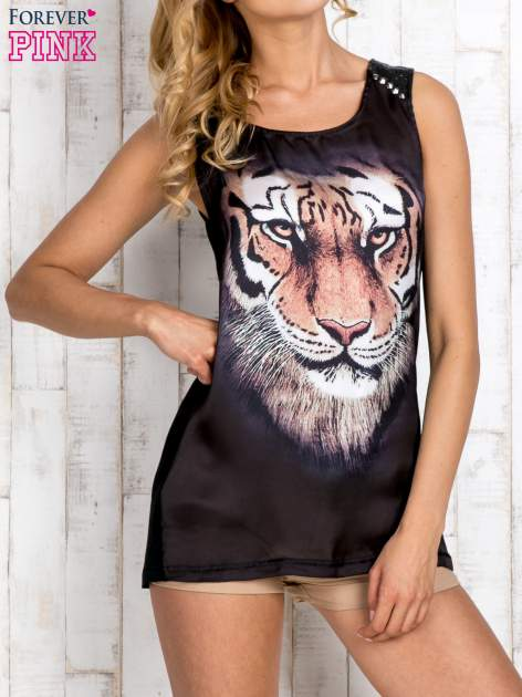 Czarny top z nadrukiem tygrysa i skórzaną wstawką